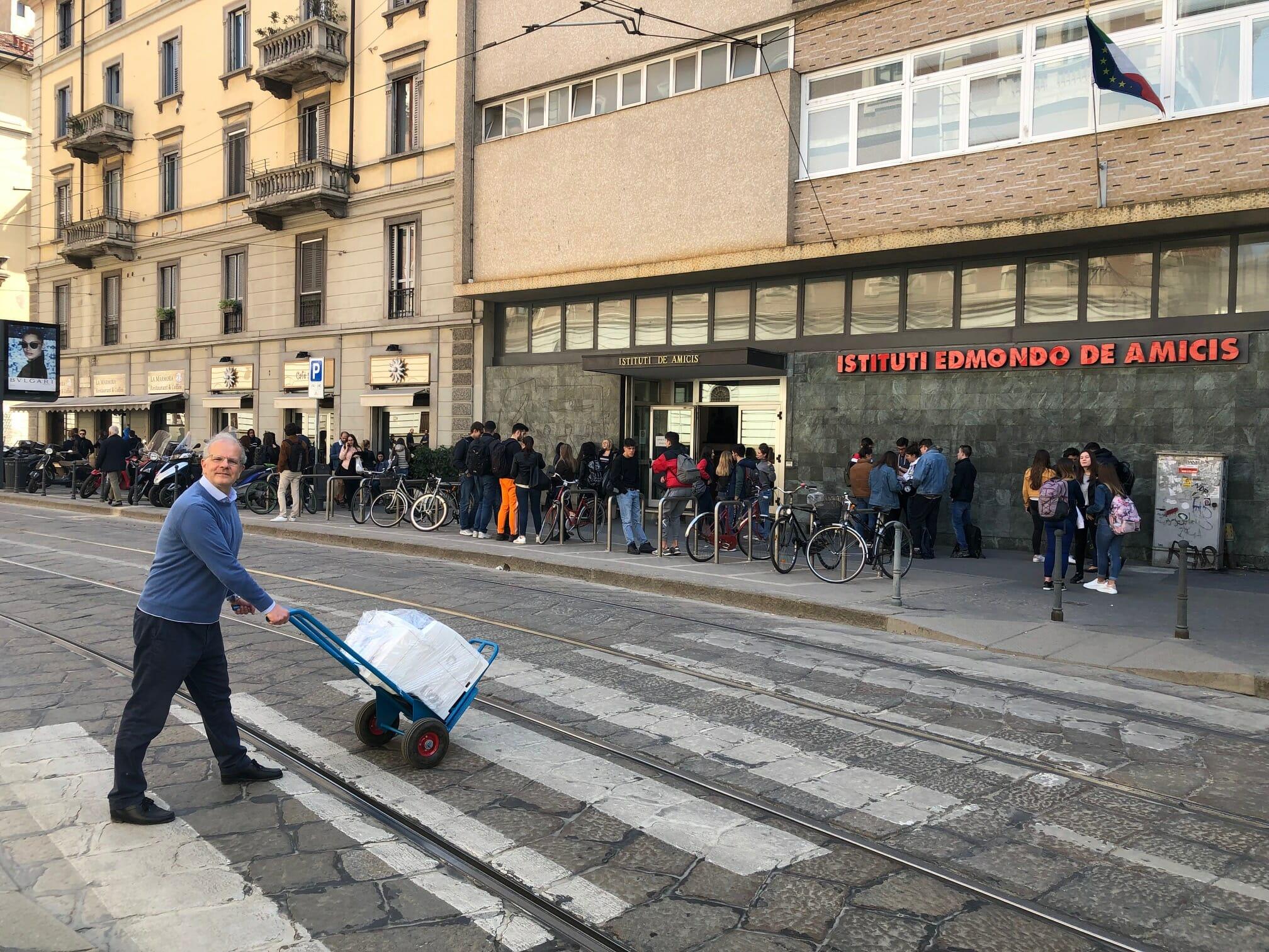 Claudio Crippa di Nadar Srl consegna in tutta Milano